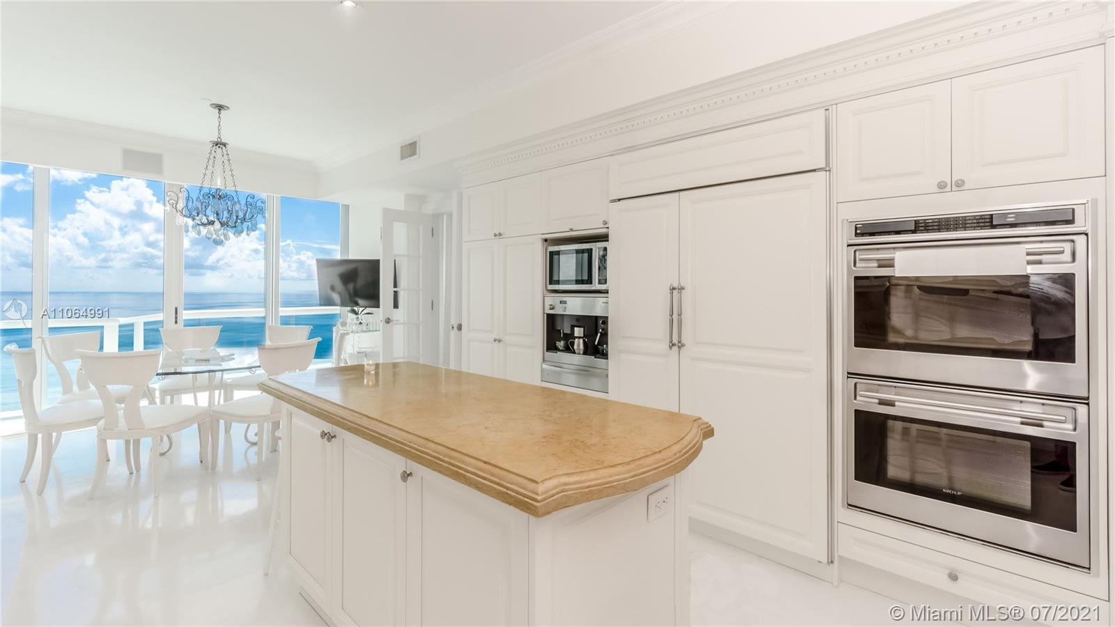 10101 Collins Ave #PENTHOUSE 1F photo011