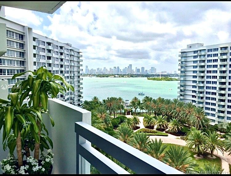 Flamingo South Beach #1066S - 01 - photo