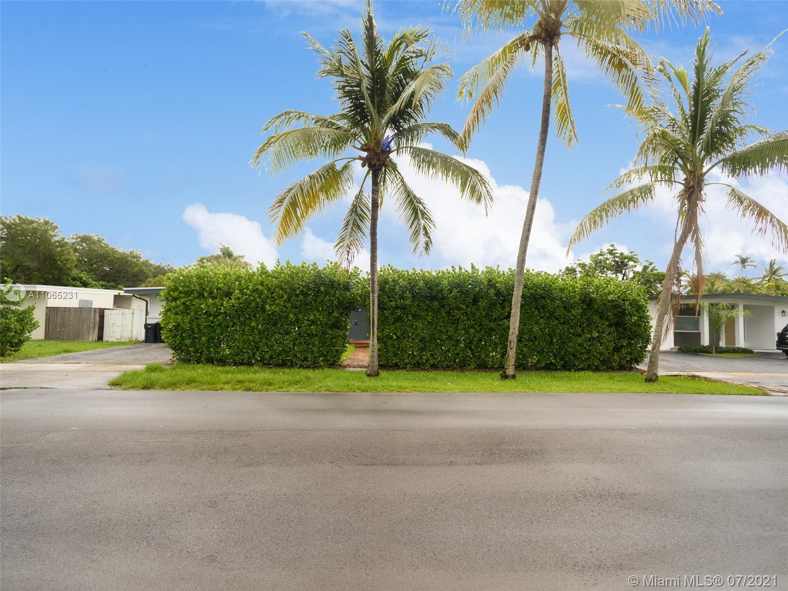 Sky Lake - 18931 NE 20th Ct, North Miami Beach, FL 33179