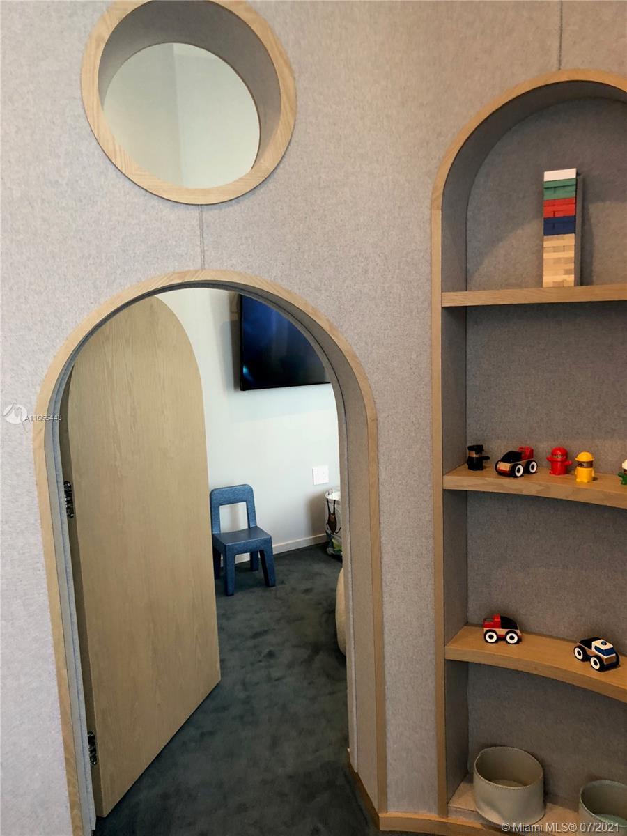 SLS Lux Brickell #1805 - 41 - photo
