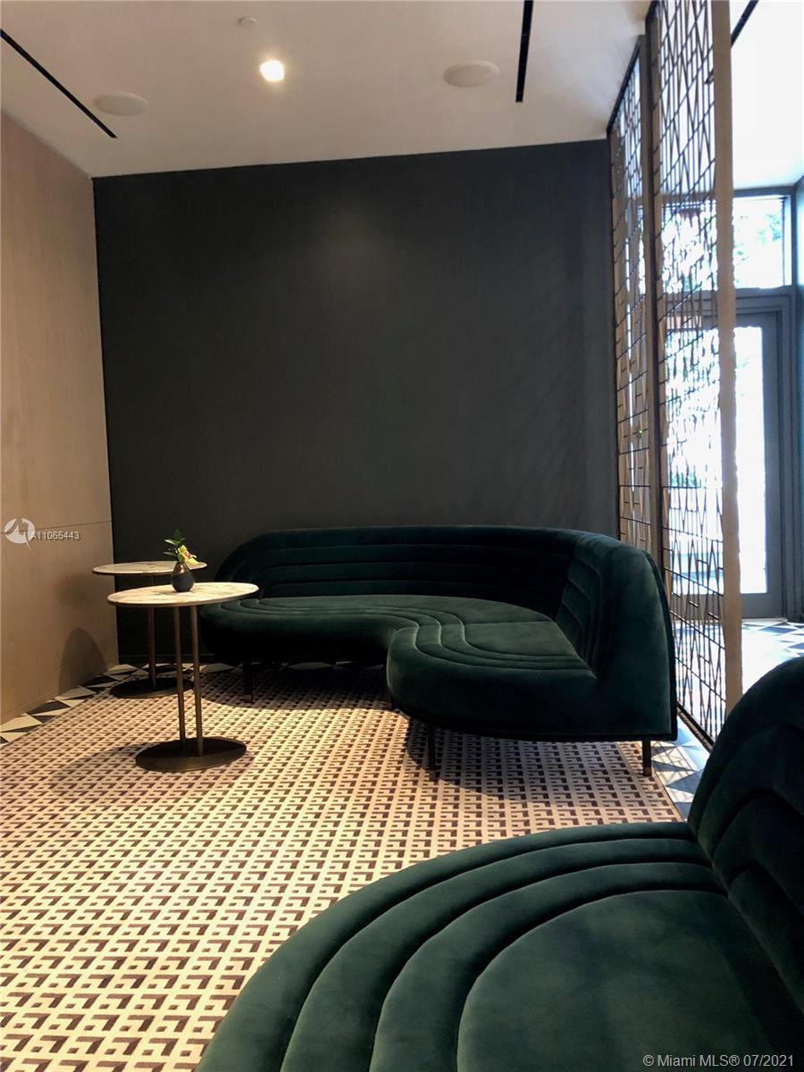 SLS Lux Brickell #1805 - 55 - photo