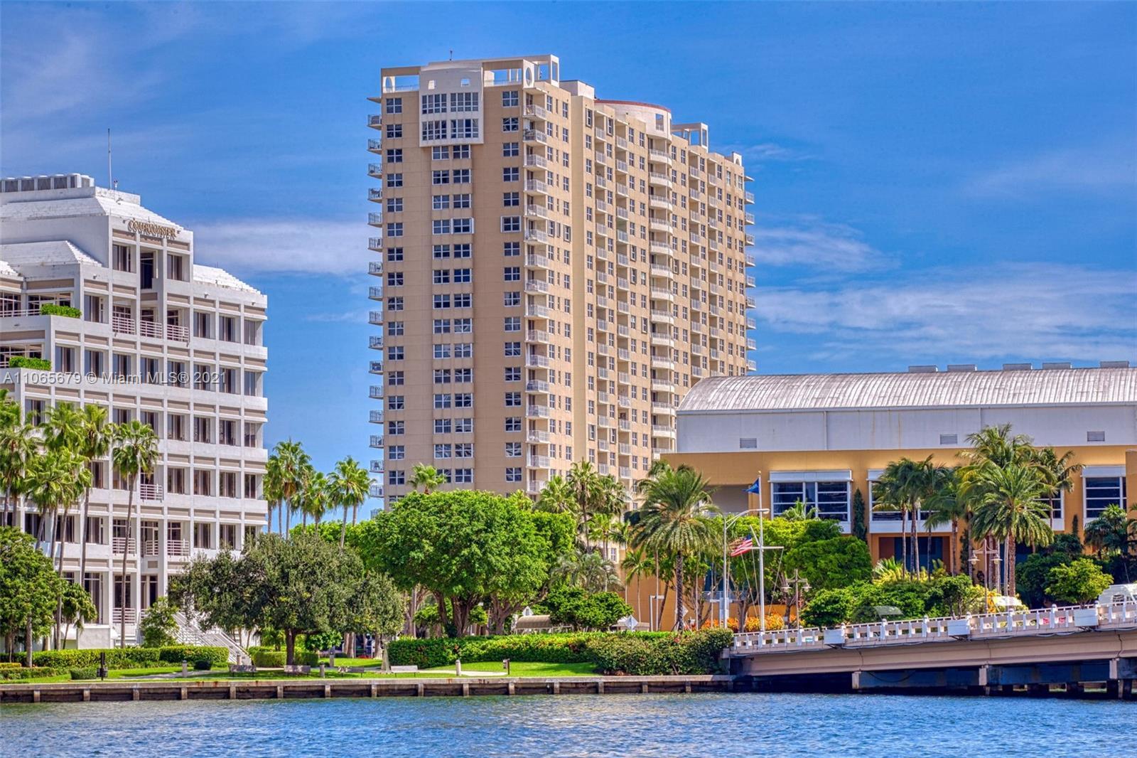 Isola #806 - 770 Claughton Island Dr #806, Miami, FL 33131