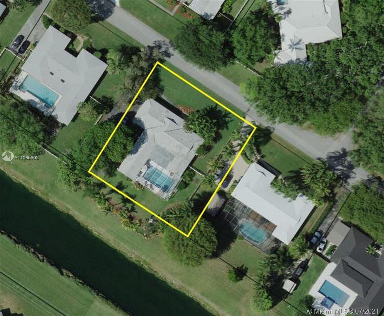 Coral Reef Estates - 16240 SW 88th Ave Rd, Palmetto Bay, FL 33157