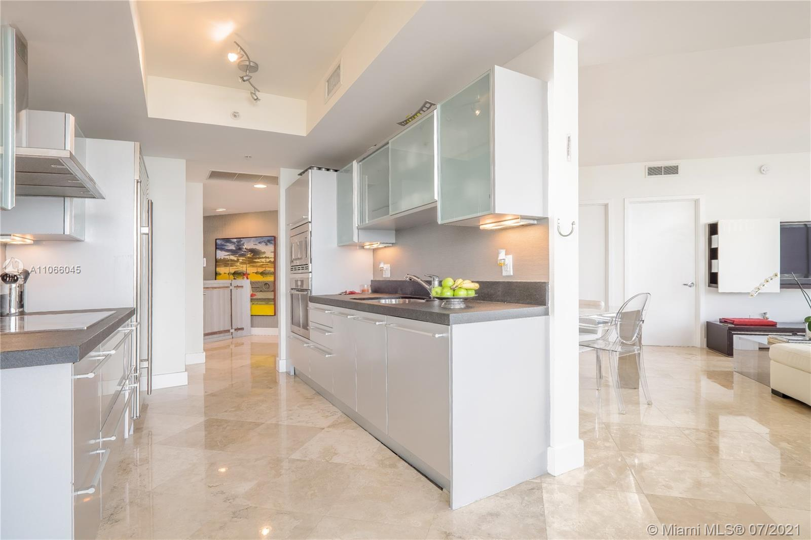 18201 Collins Ave #601A photo016