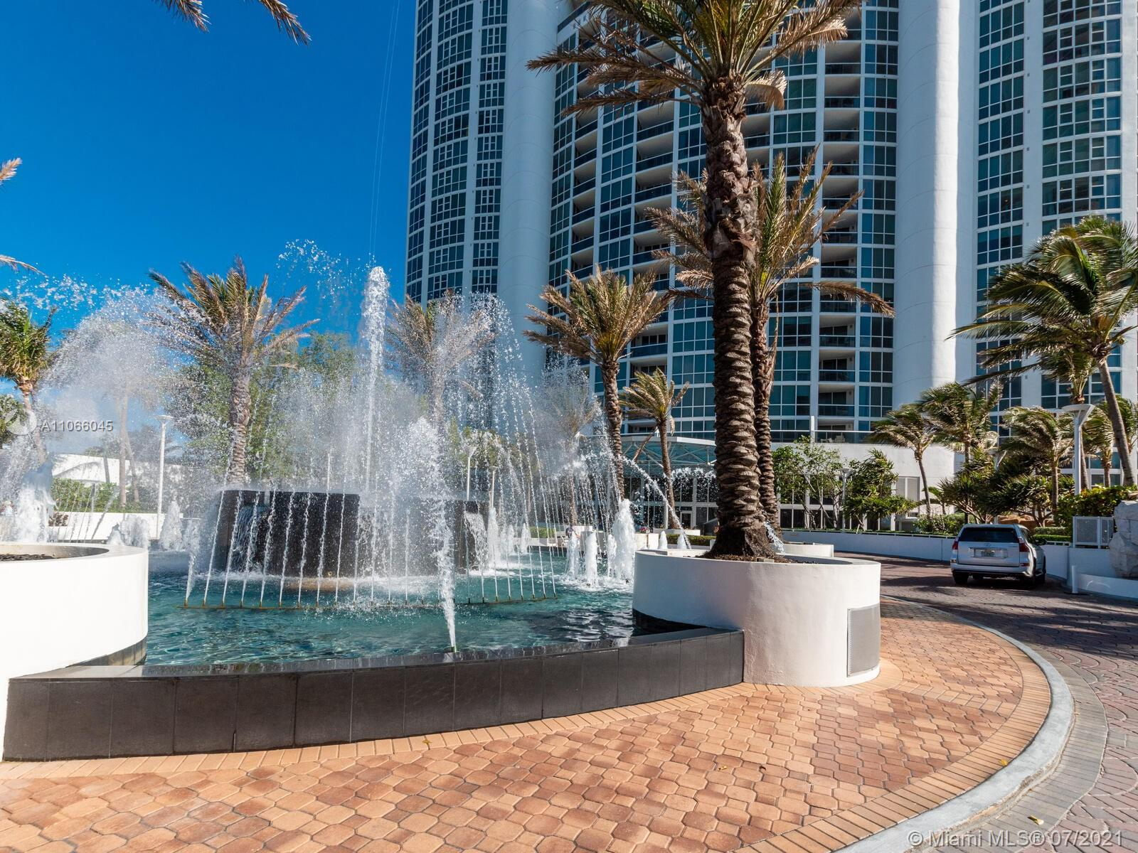 18201 Collins Ave #601A photo03