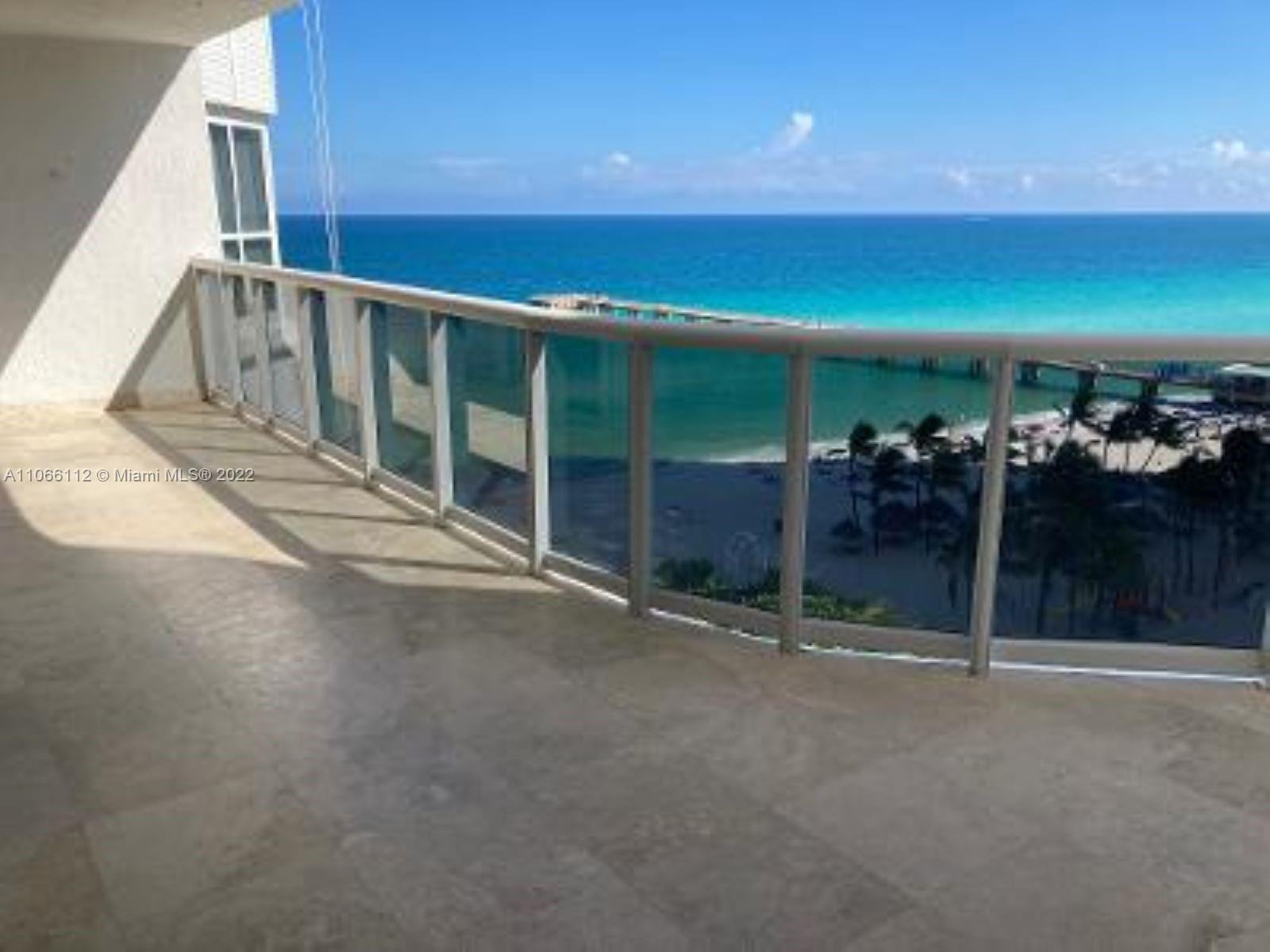 16711 Collins Ave #1005 photo02