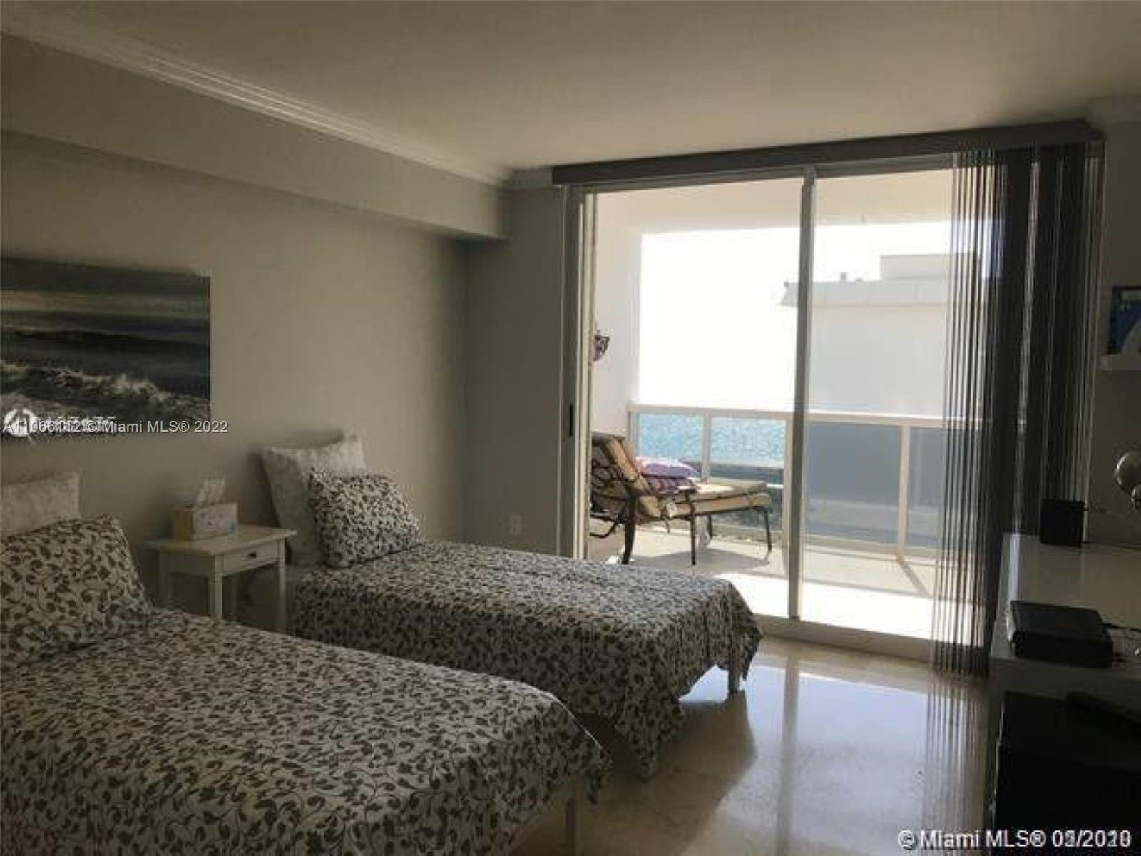 16711 Collins Ave #1005 photo021