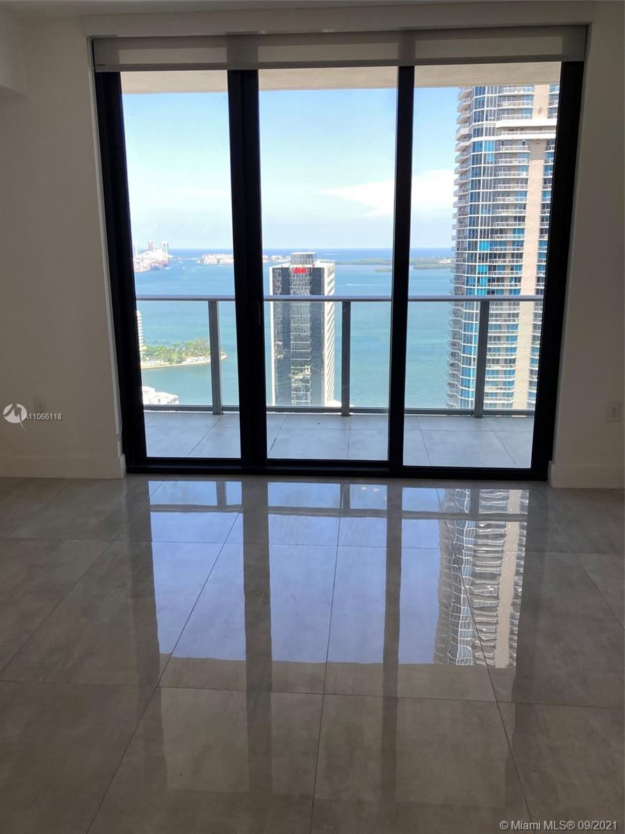 Liviing Room & Kitchen Ocean Views