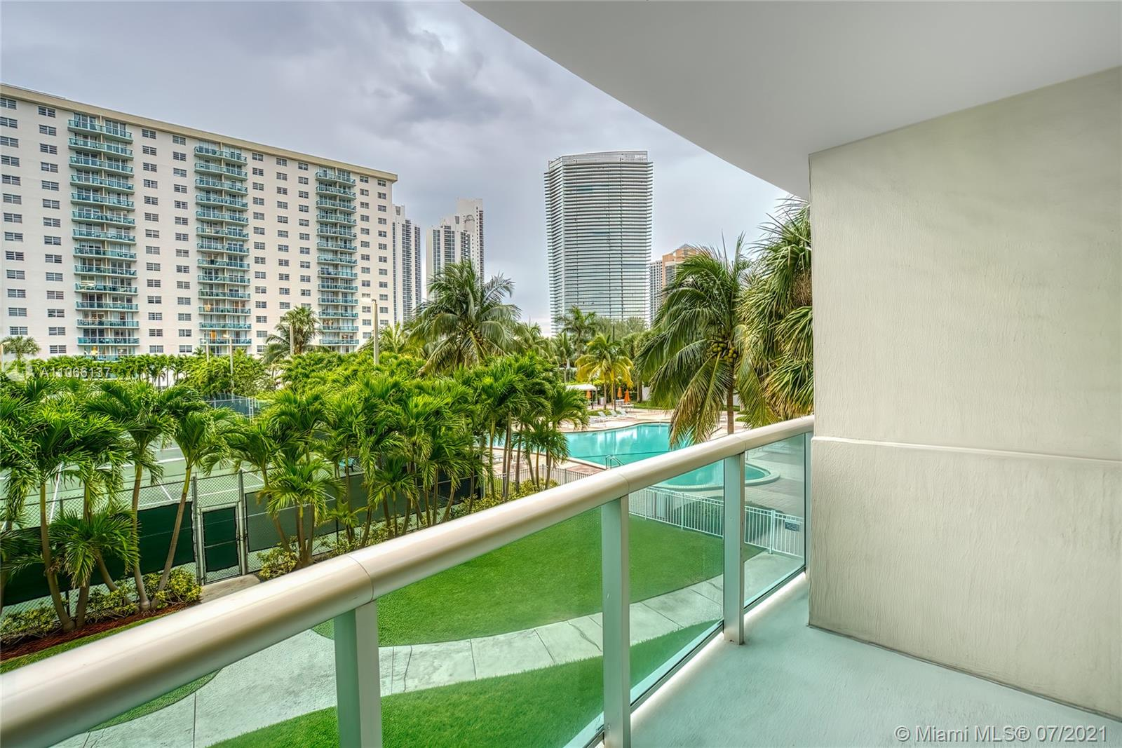 19380 Collins Ave #212 photo022