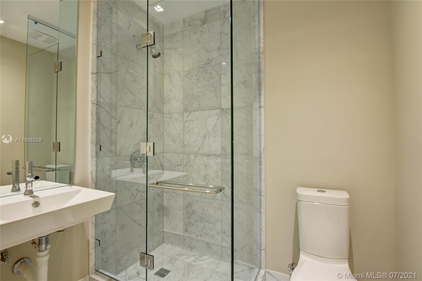 16901 Collins Ave #3102 photo026