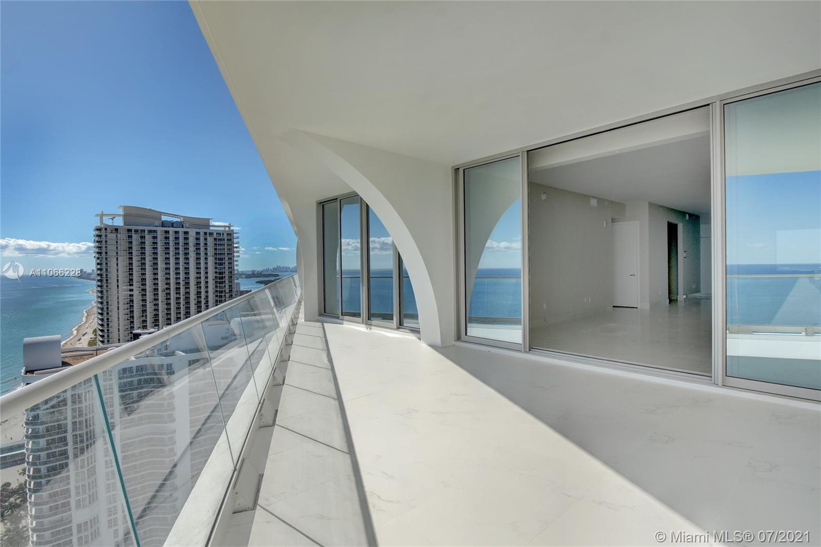 16901 Collins Ave #3102 photo09
