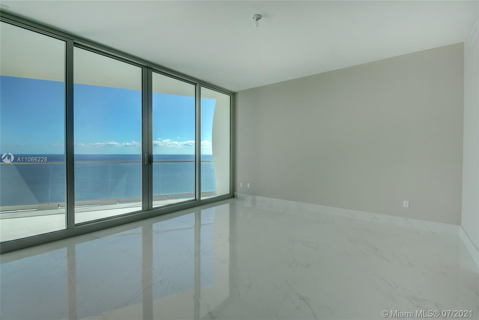 16901 Collins Ave #3102 photo014