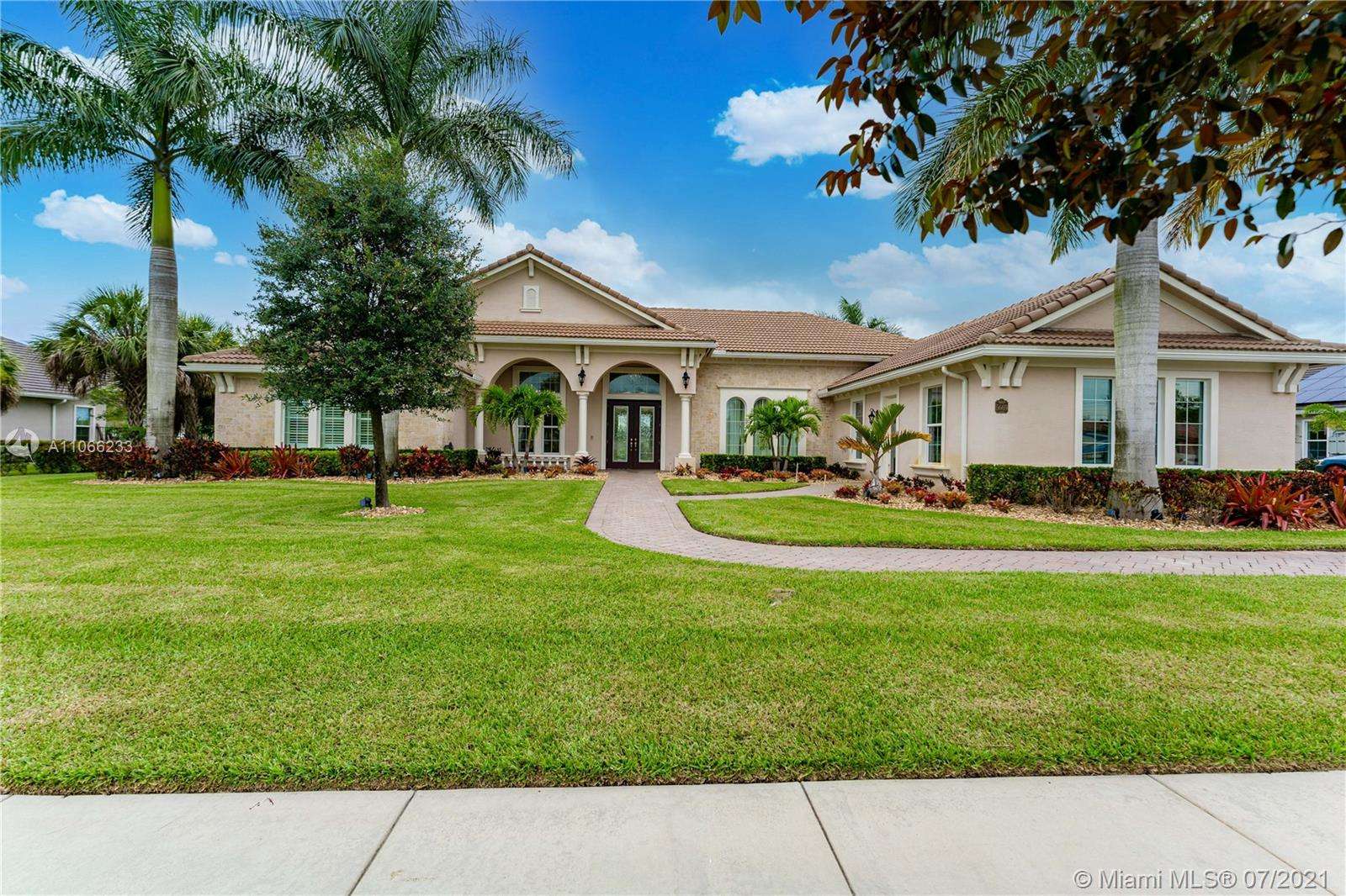 5669 S Sterling Ranch Dr photo09