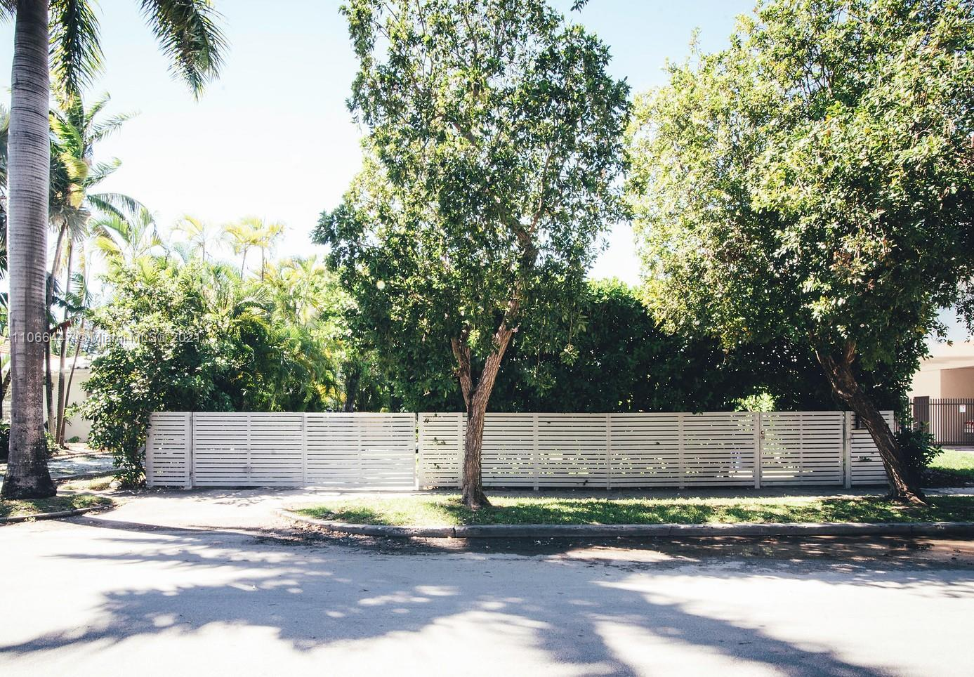 1836 Jefferson Ave photo023