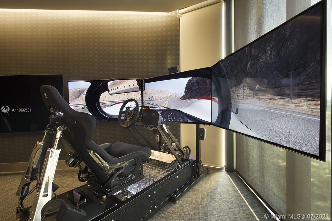 Porsche Design Tower #3601 - 72 - photo