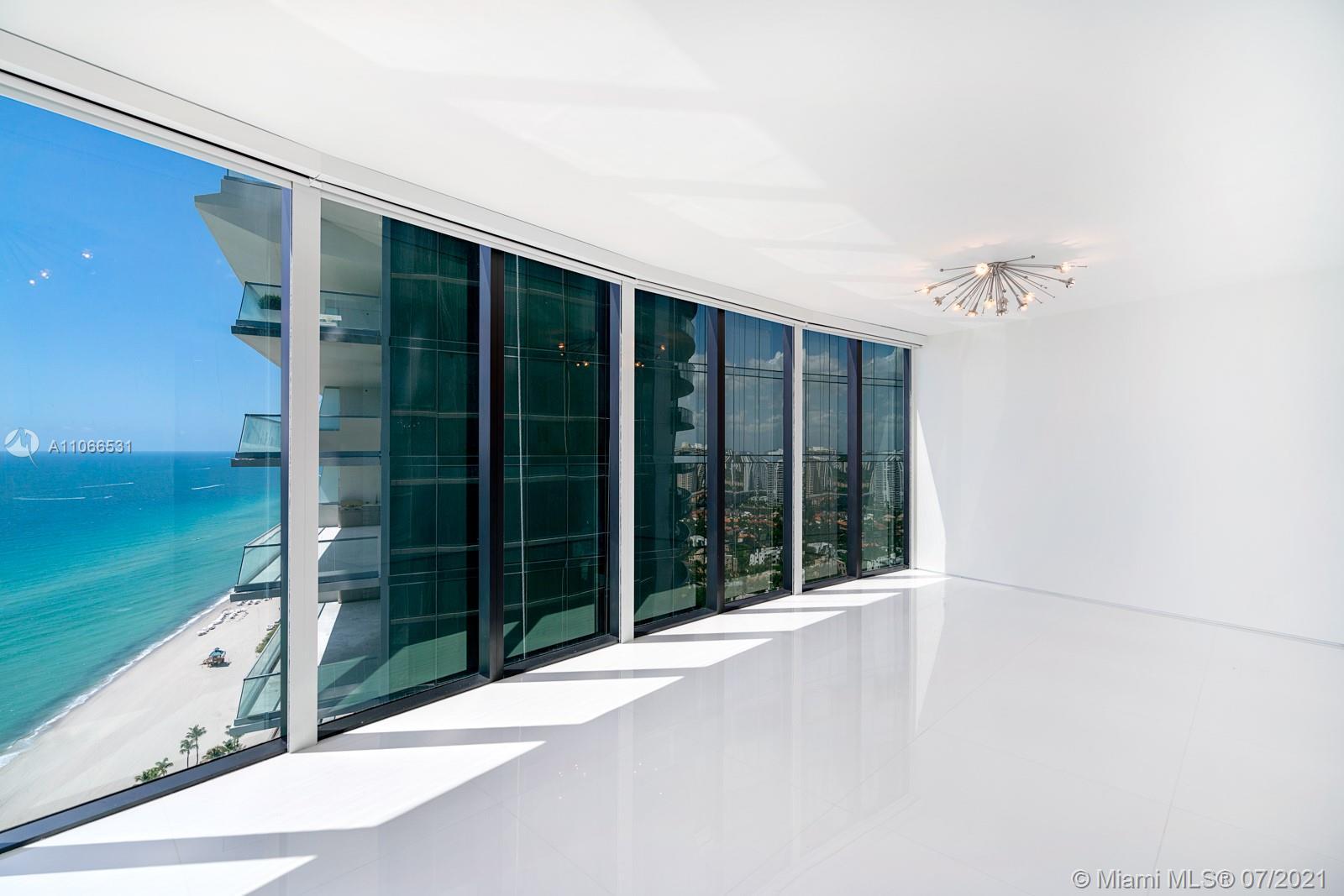 Porsche Design Tower #3601 - 09 - photo