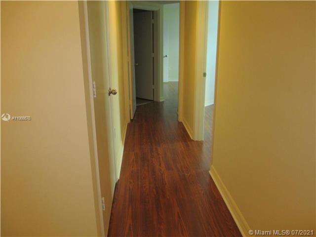 9201 Collins Ave #426 photo012