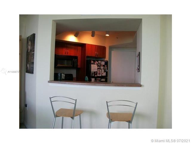9201 Collins Ave #426 photo05