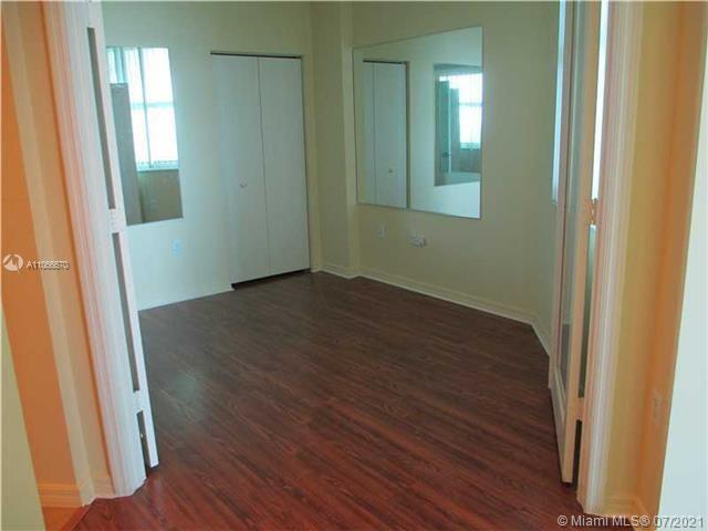 9201 Collins Ave #426 photo011