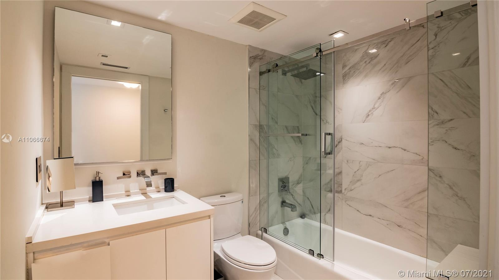 9559 Collins Ave #S2-A photo013