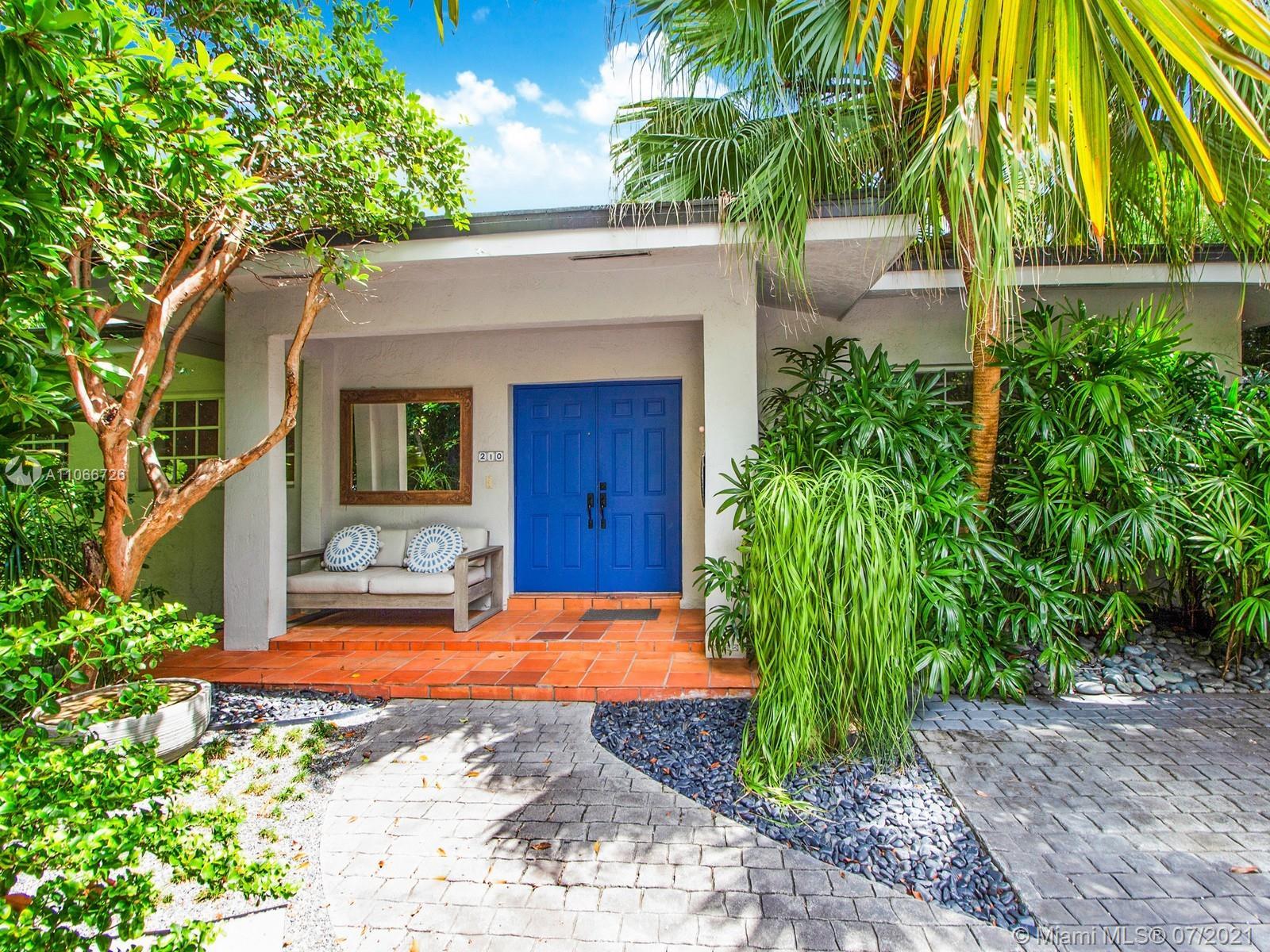 Tropical Isle Homes # - 01 - photo