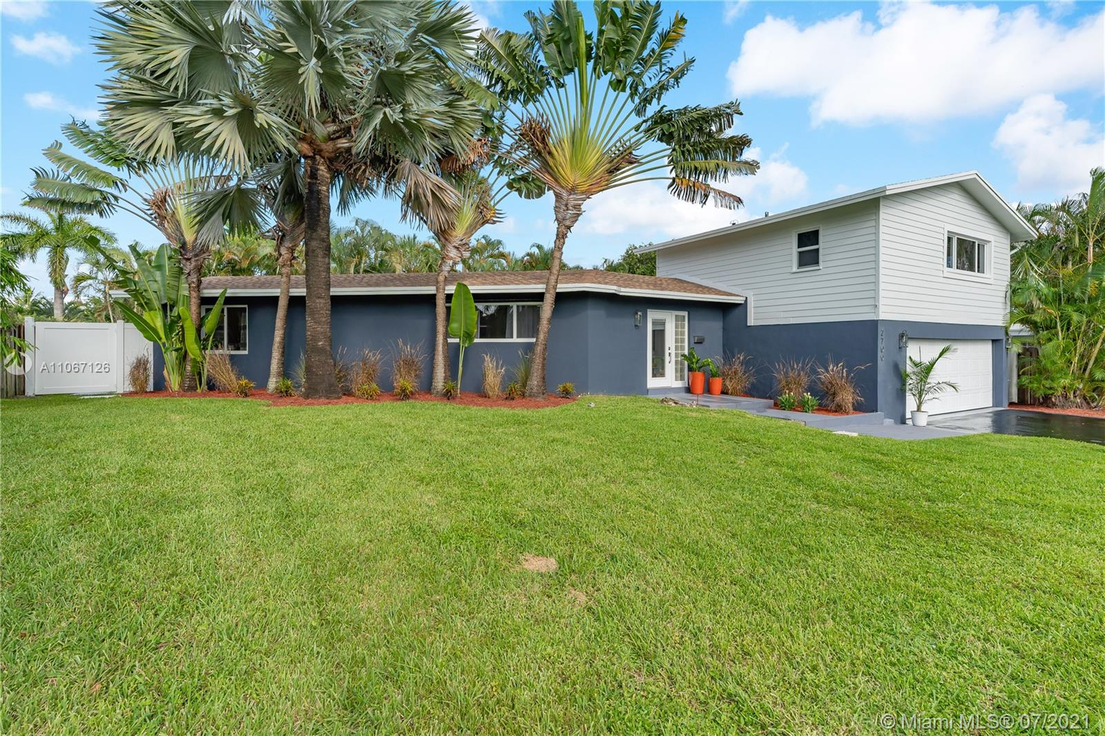 Property for sale at 2700 SW 34th Ave, Fort Lauderdale,  Florida 33312