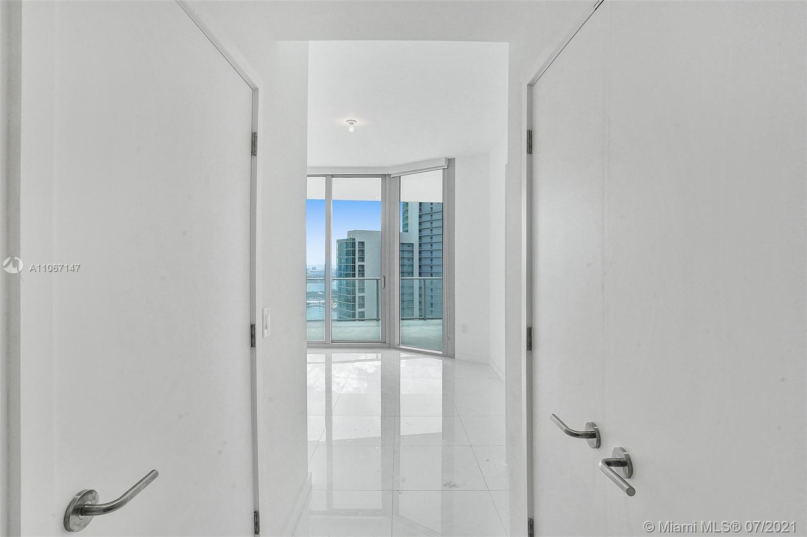Paramount Miami Worldcenter #4405 - 52 - photo