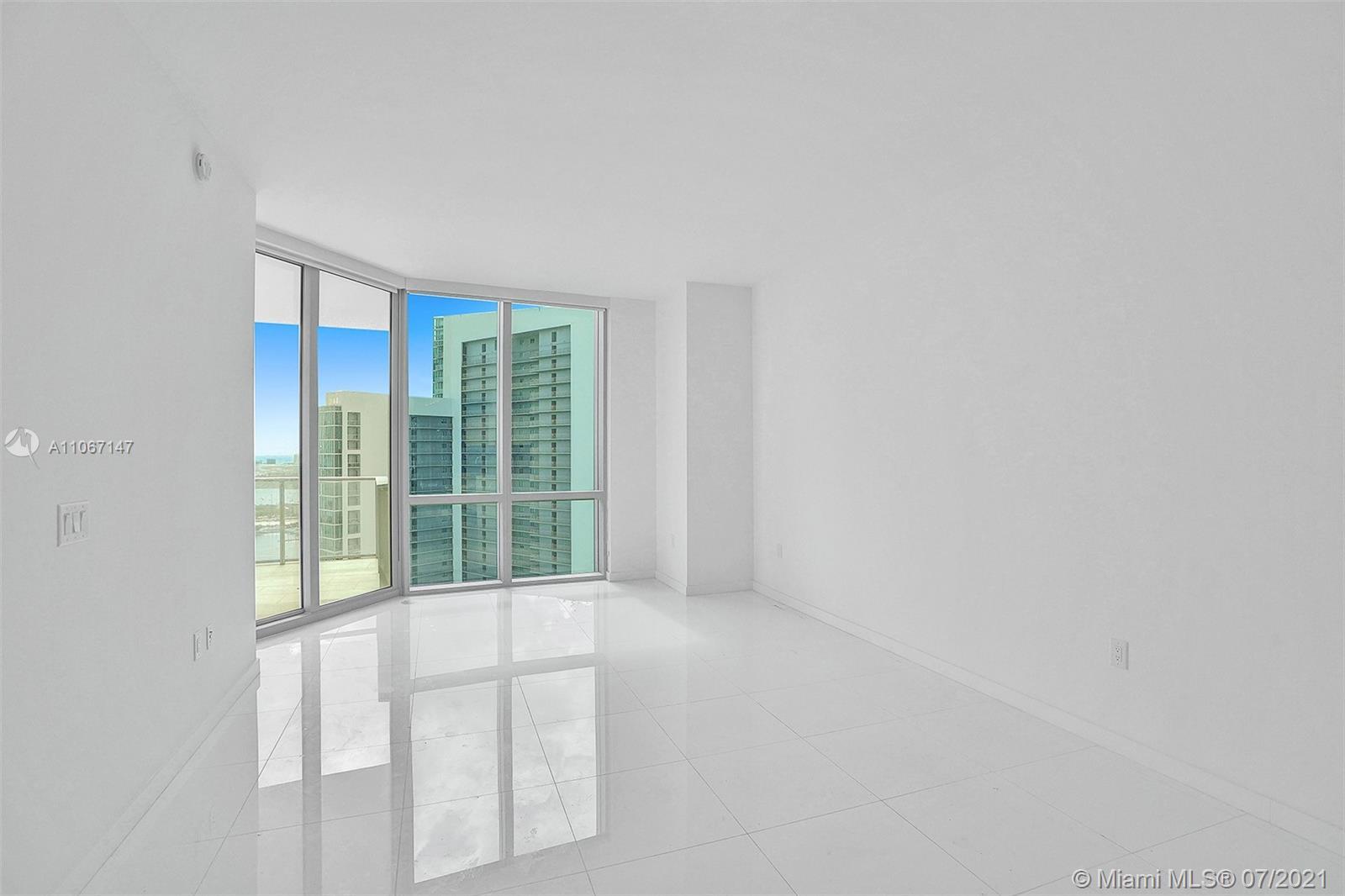 Paramount Miami Worldcenter #4405 - 26 - photo