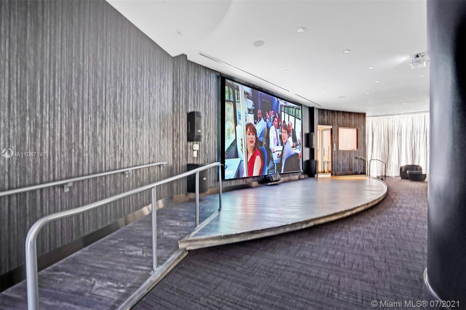 Paramount Miami Worldcenter #4405 - 77 - photo