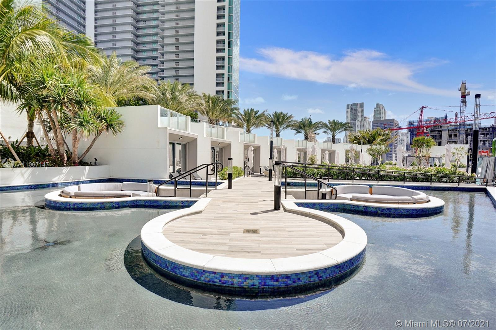 Paramount Miami Worldcenter #4405 - 90 - photo