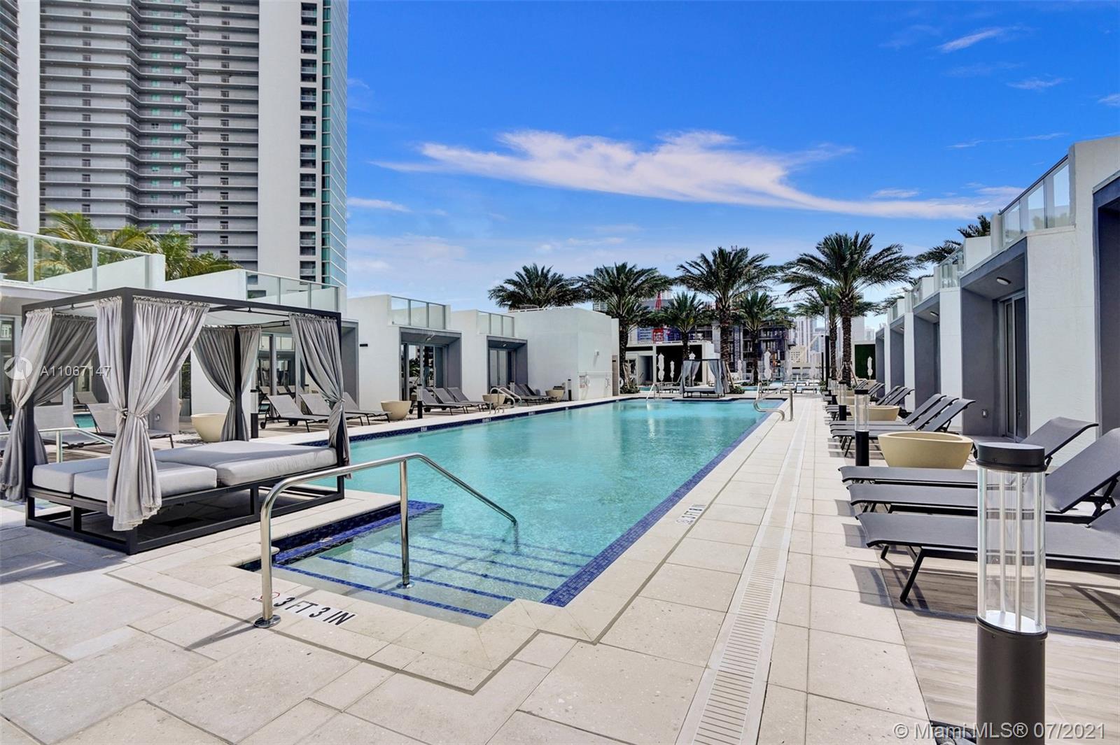 Paramount Miami Worldcenter #4405 - 81 - photo