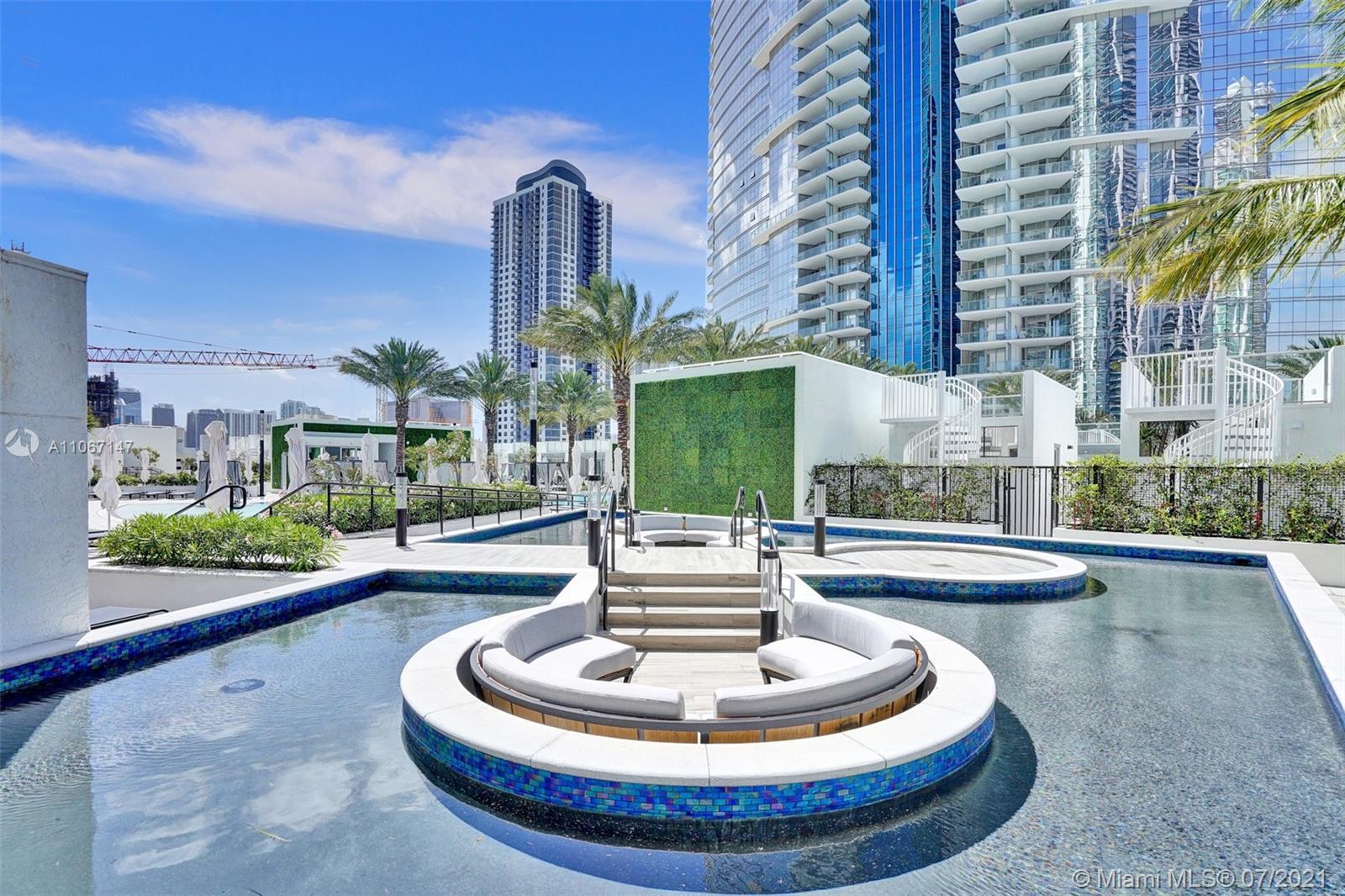 Paramount Miami Worldcenter #4405 - 79 - photo