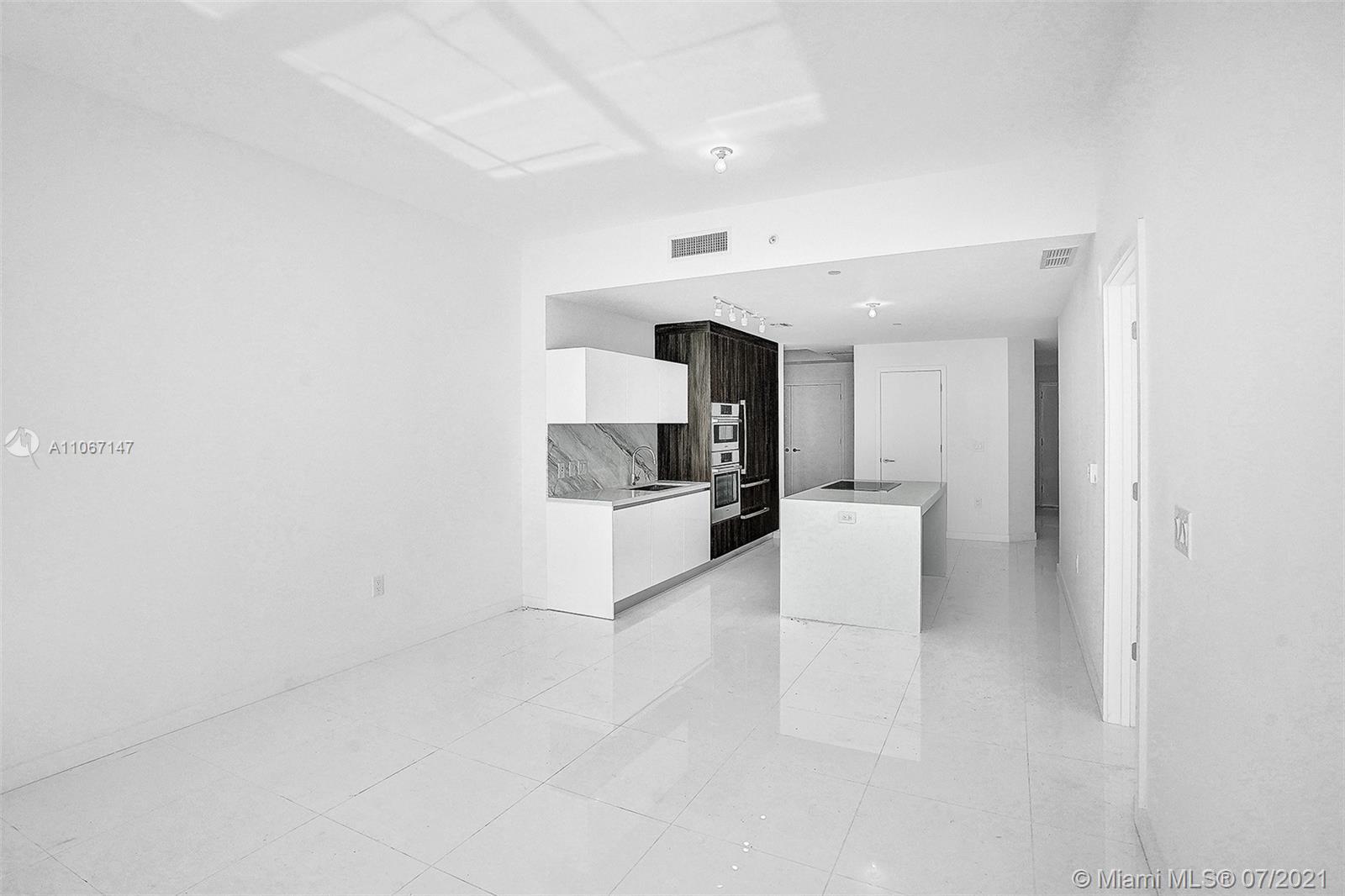 Paramount Miami Worldcenter #4405 - 30 - photo