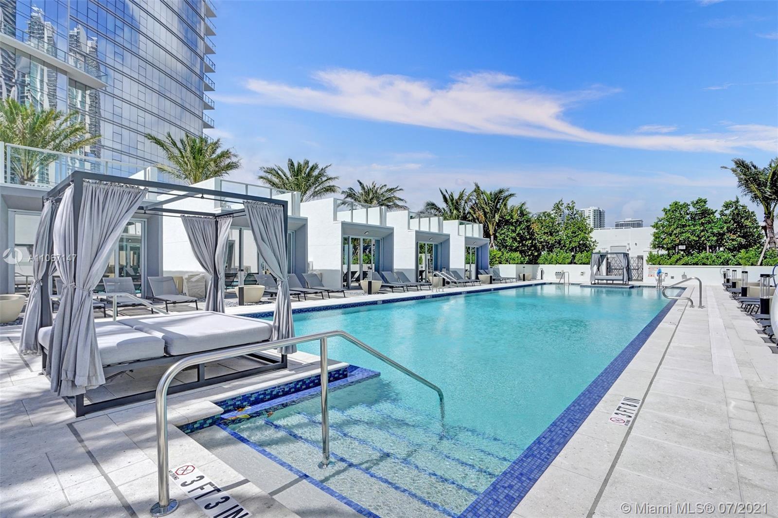 Paramount Miami Worldcenter #4405 - 55 - photo