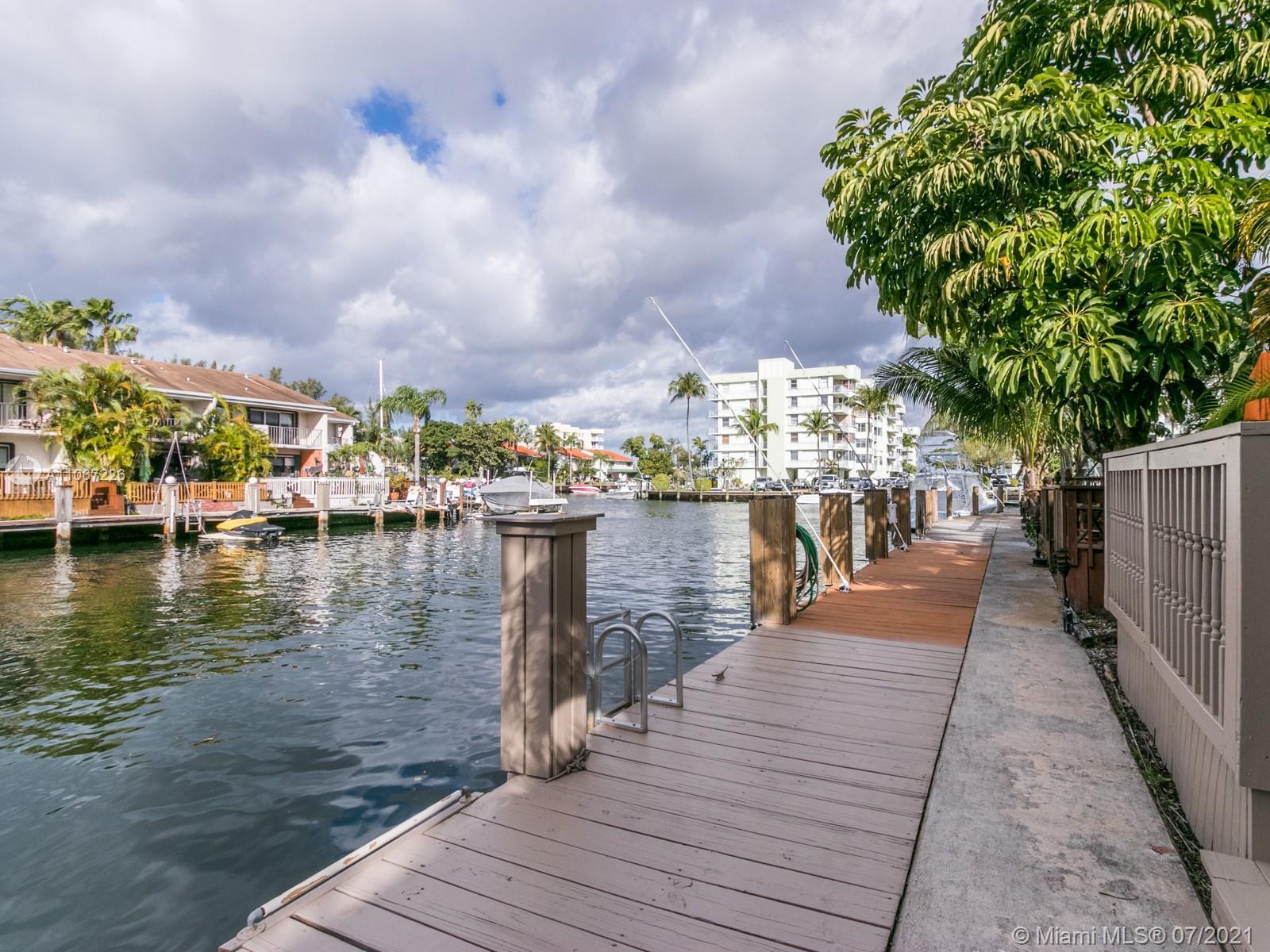 North Miami Beach #53 - 28 - photo