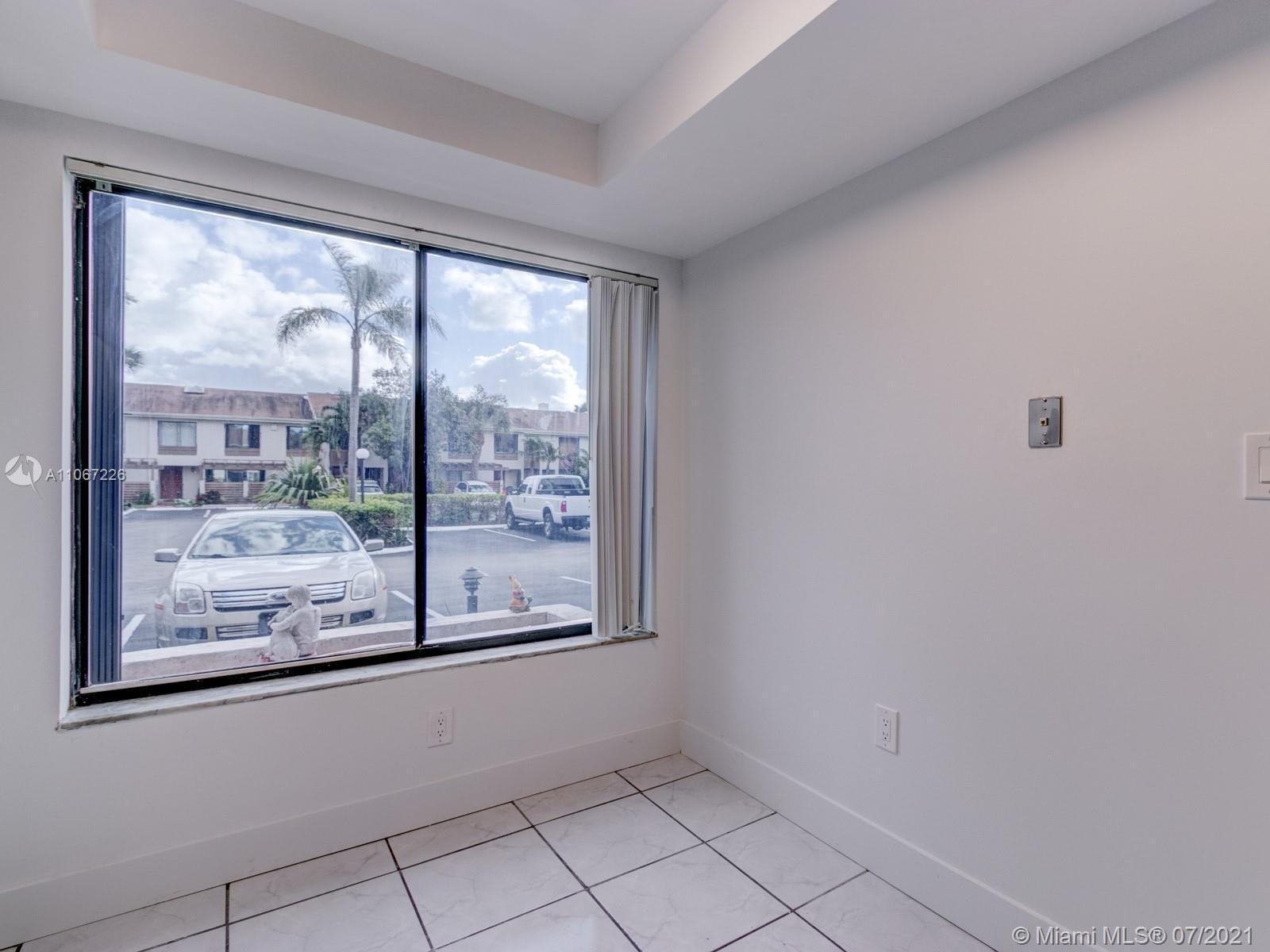 North Miami Beach #53 - 10 - photo