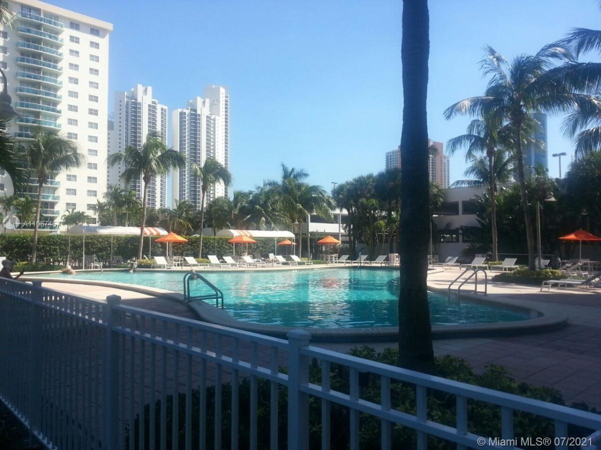19380 Collins Ave #103 photo015