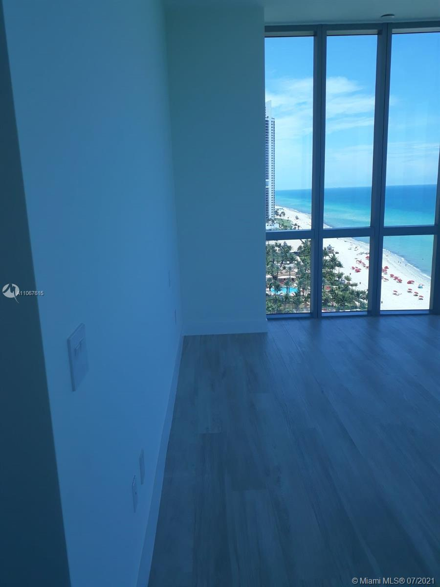 17475 Collins Ave #1401 photo022