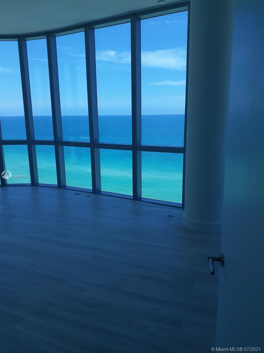 17475 Collins Ave #1401 photo03