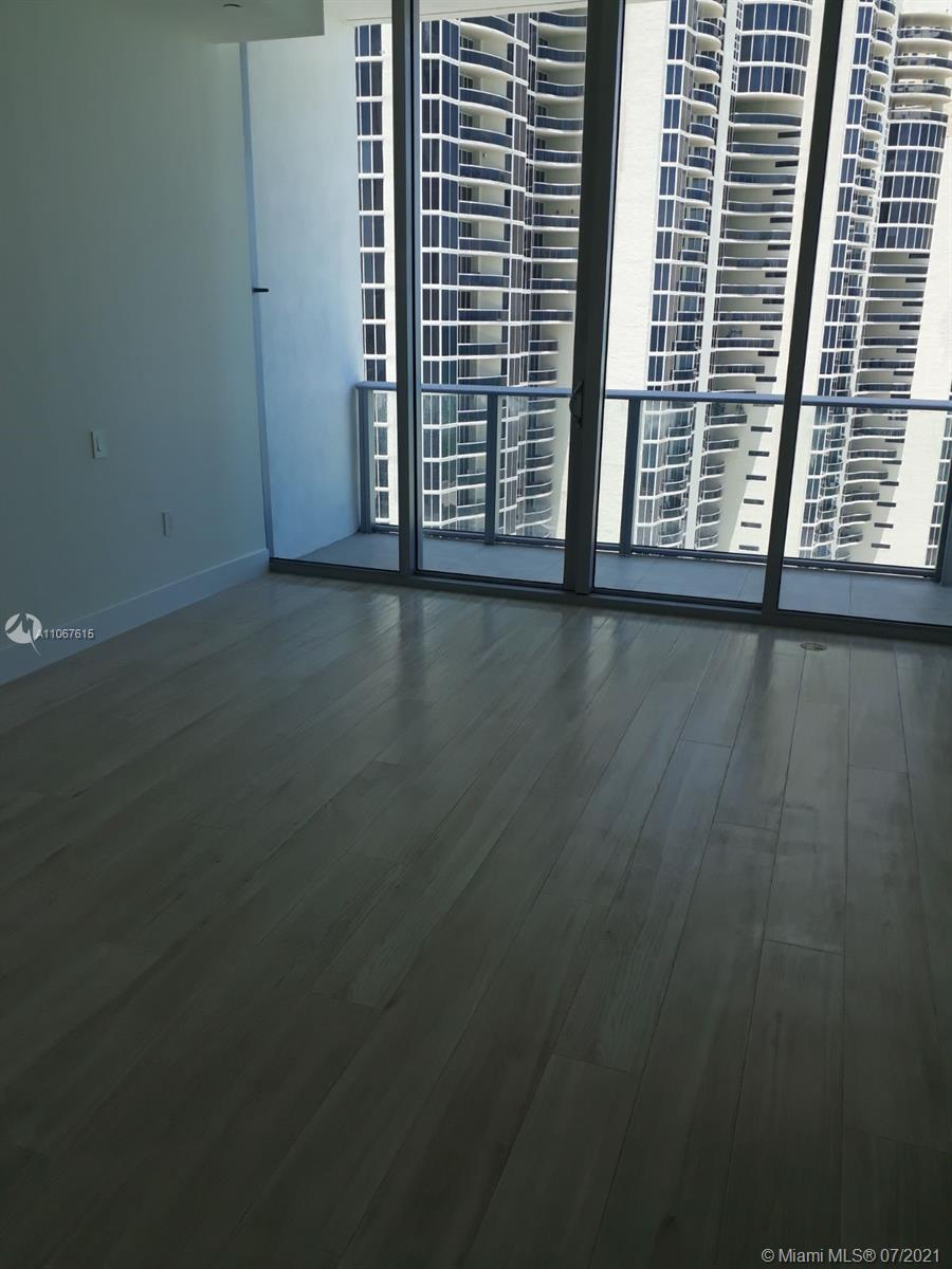 17475 Collins Ave #1401 photo030