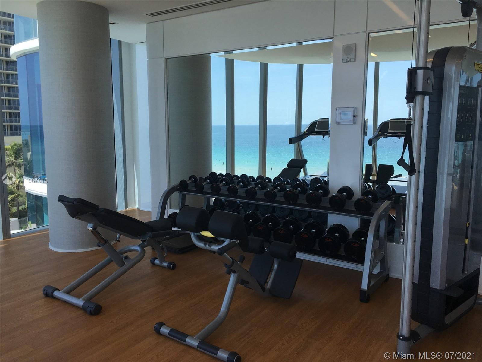 17475 Collins Ave #1401 photo010