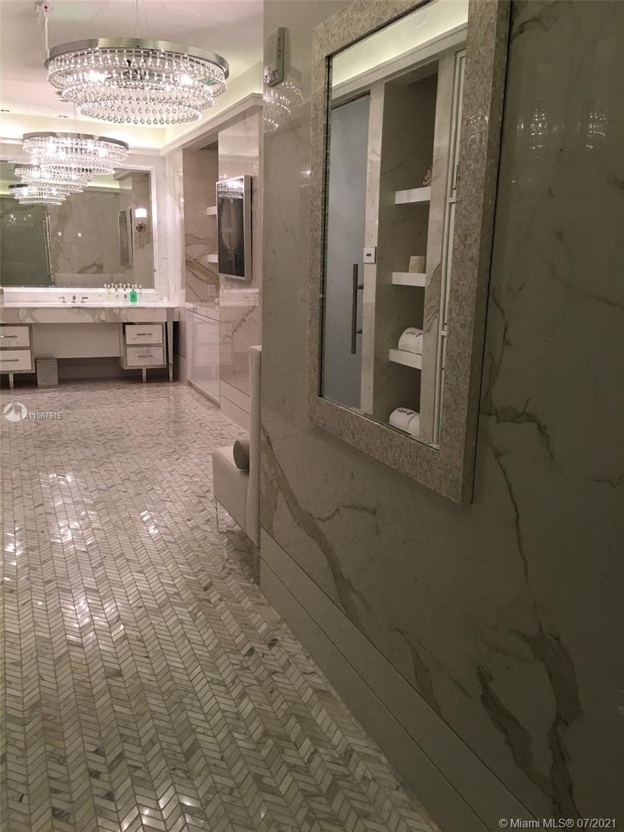 17475 Collins Ave #1401 photo019