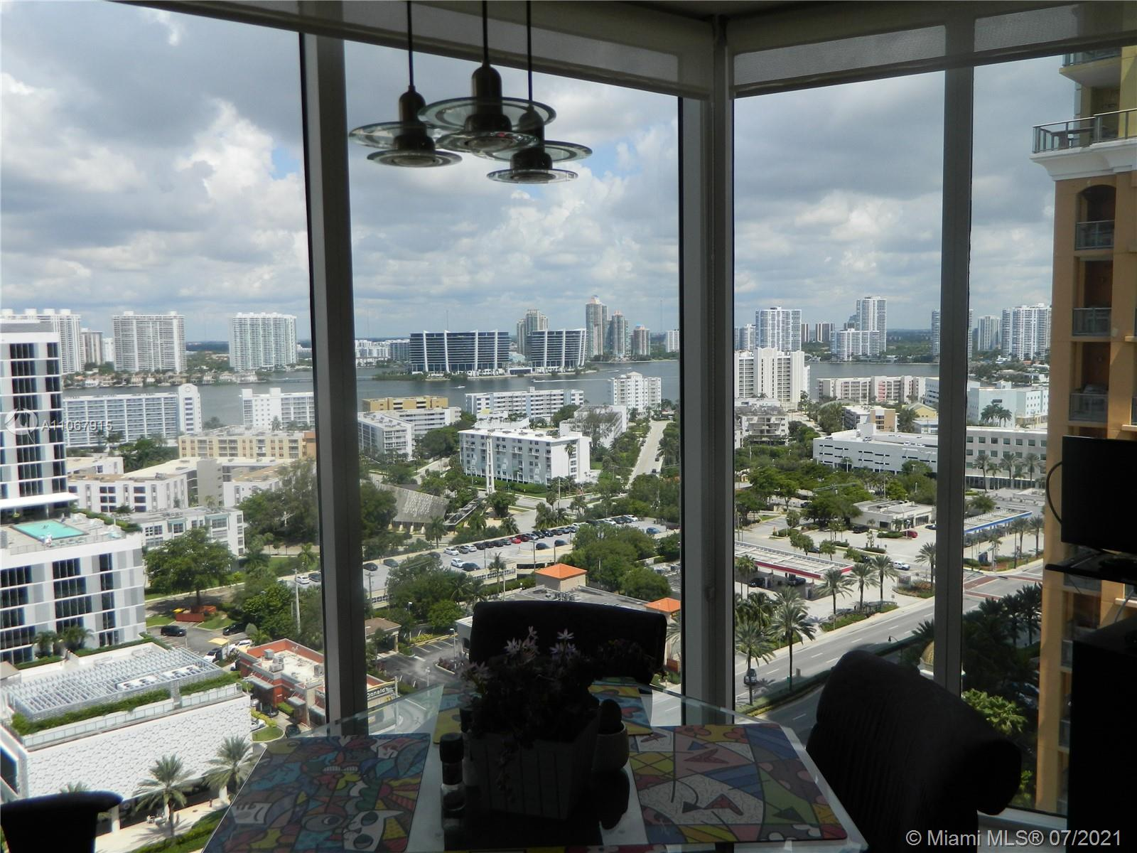 17555 Collins Ave #2108 photo09