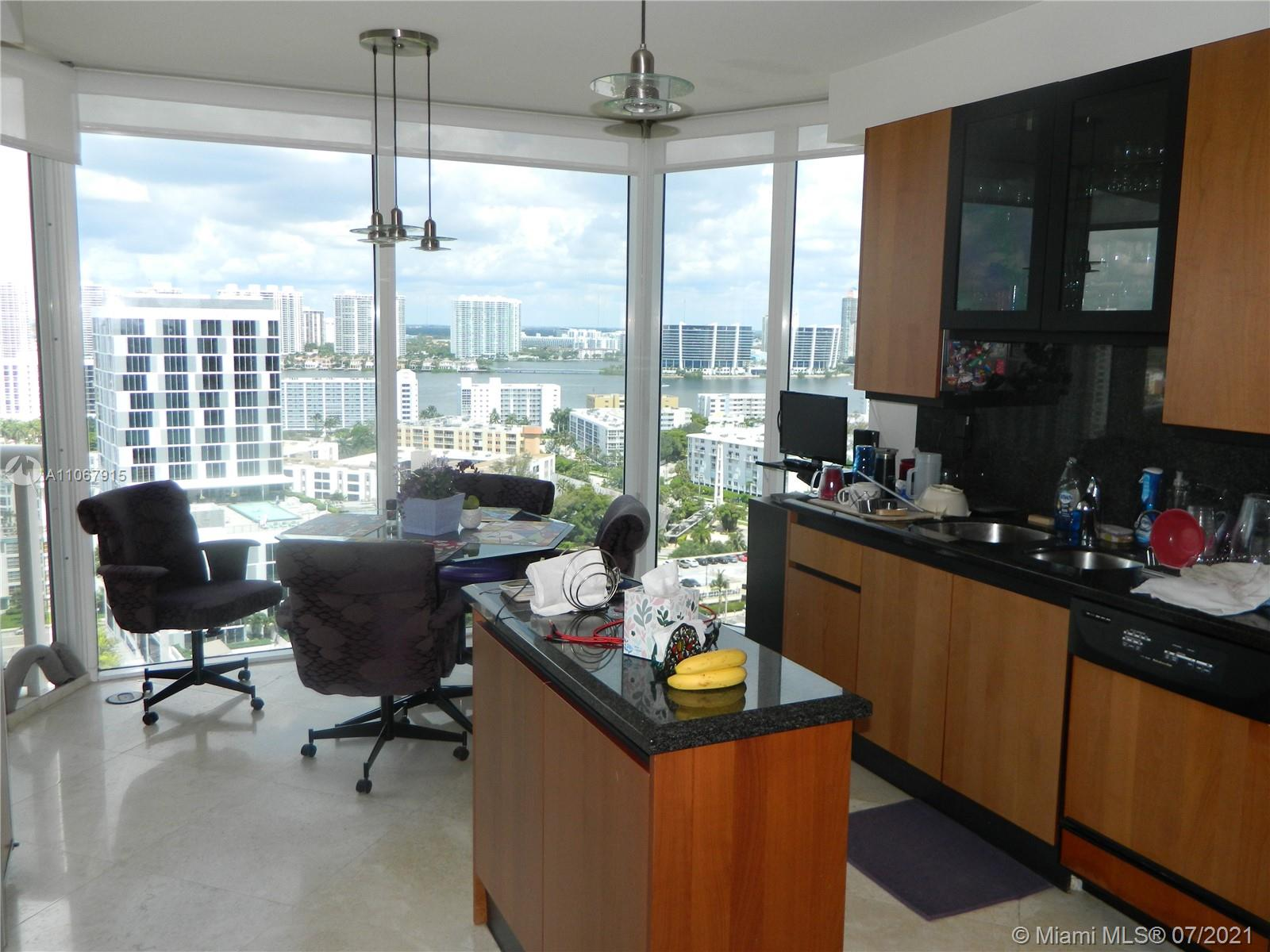 17555 Collins Ave #2108 photo08