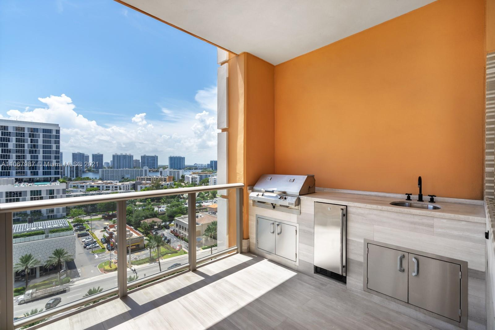 17749 Collins Ave #1002 photo01