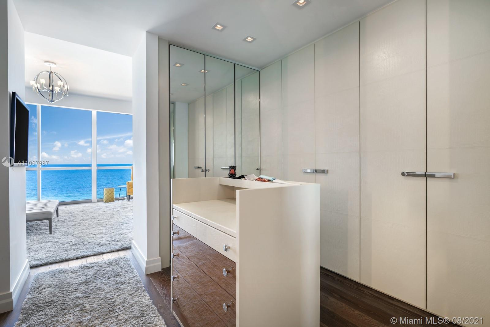 17749 Collins Ave #1002 photo015