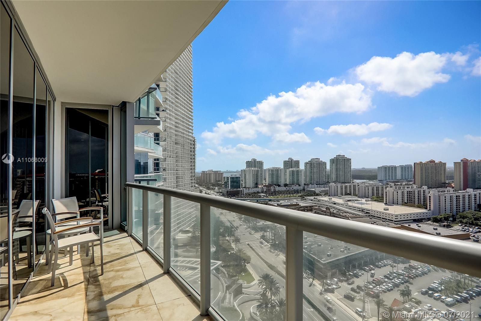 17121 Collins Ave #2208 photo024