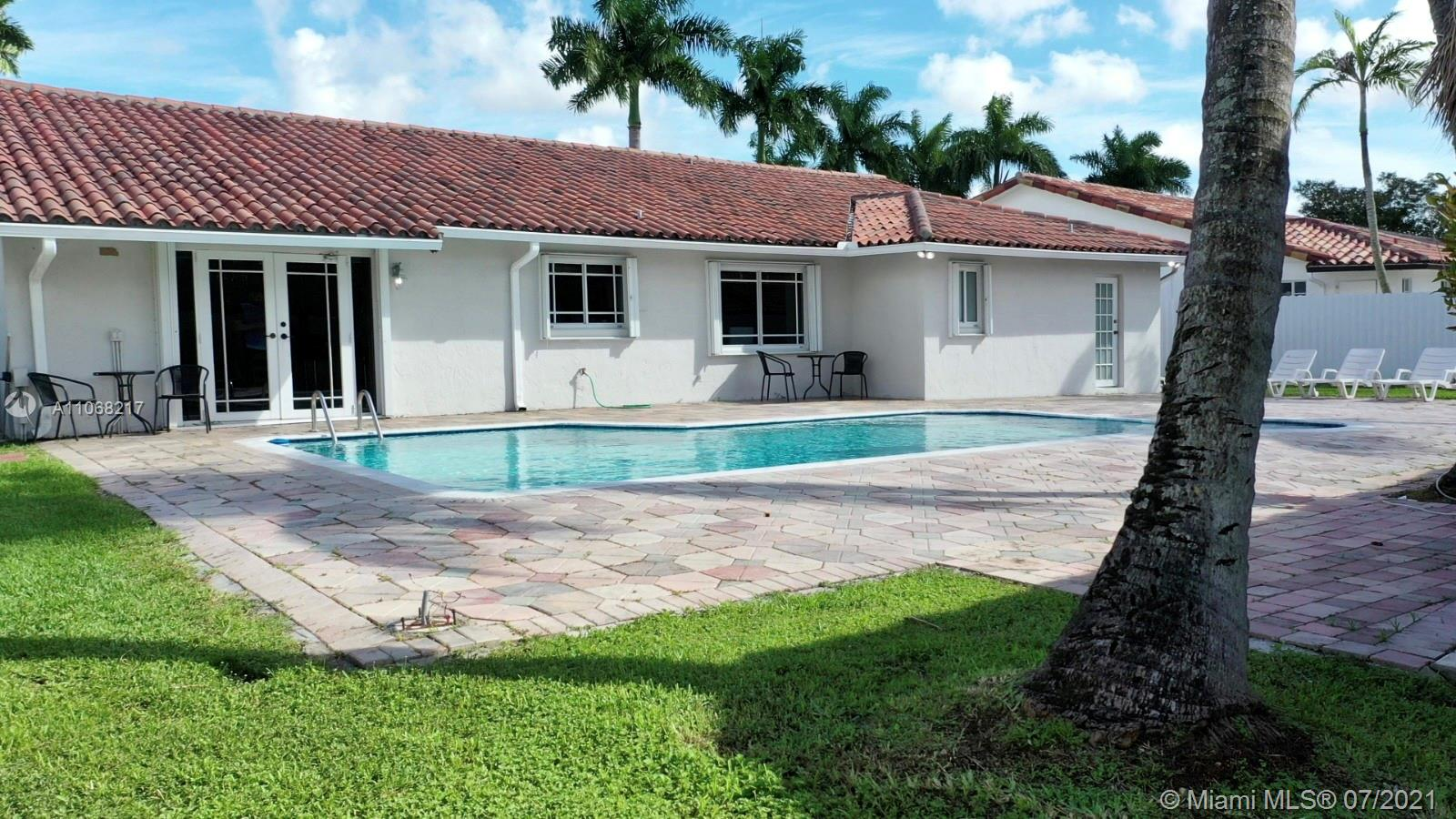 4090 SW 135th Ave photo08