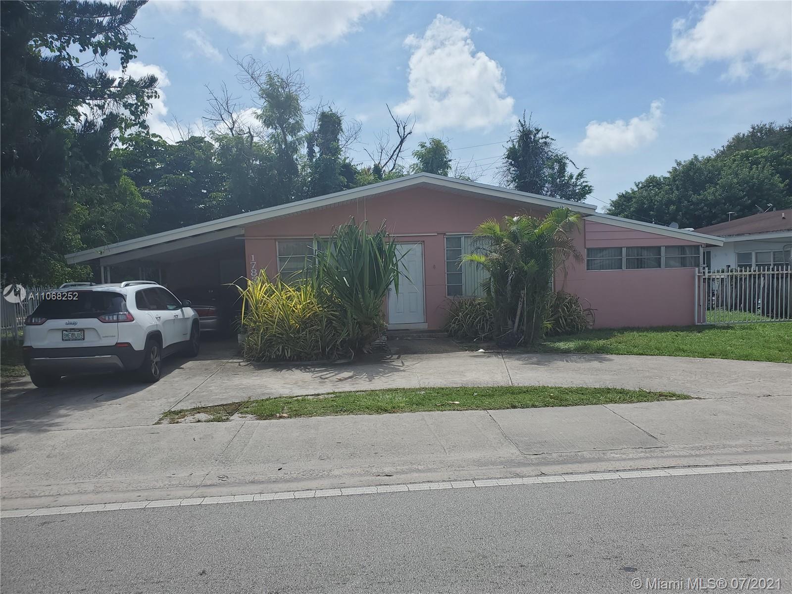 Highland Manor - 17835 NE 6th Ave, Miami, FL 33162