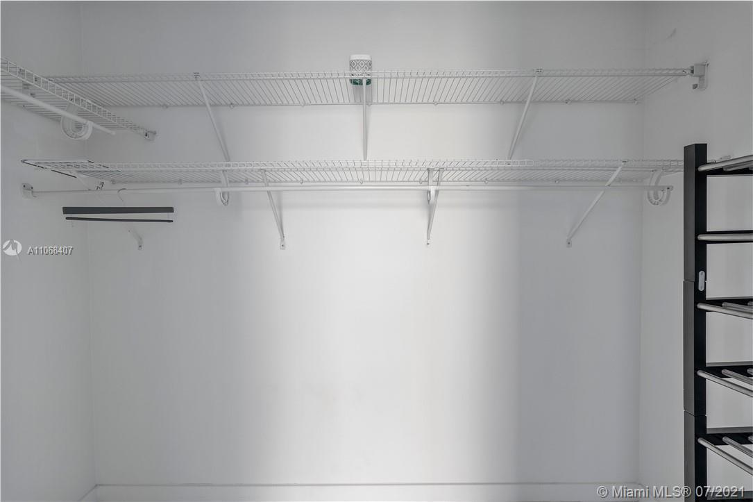 Gallery Art #610 - 14 - photo